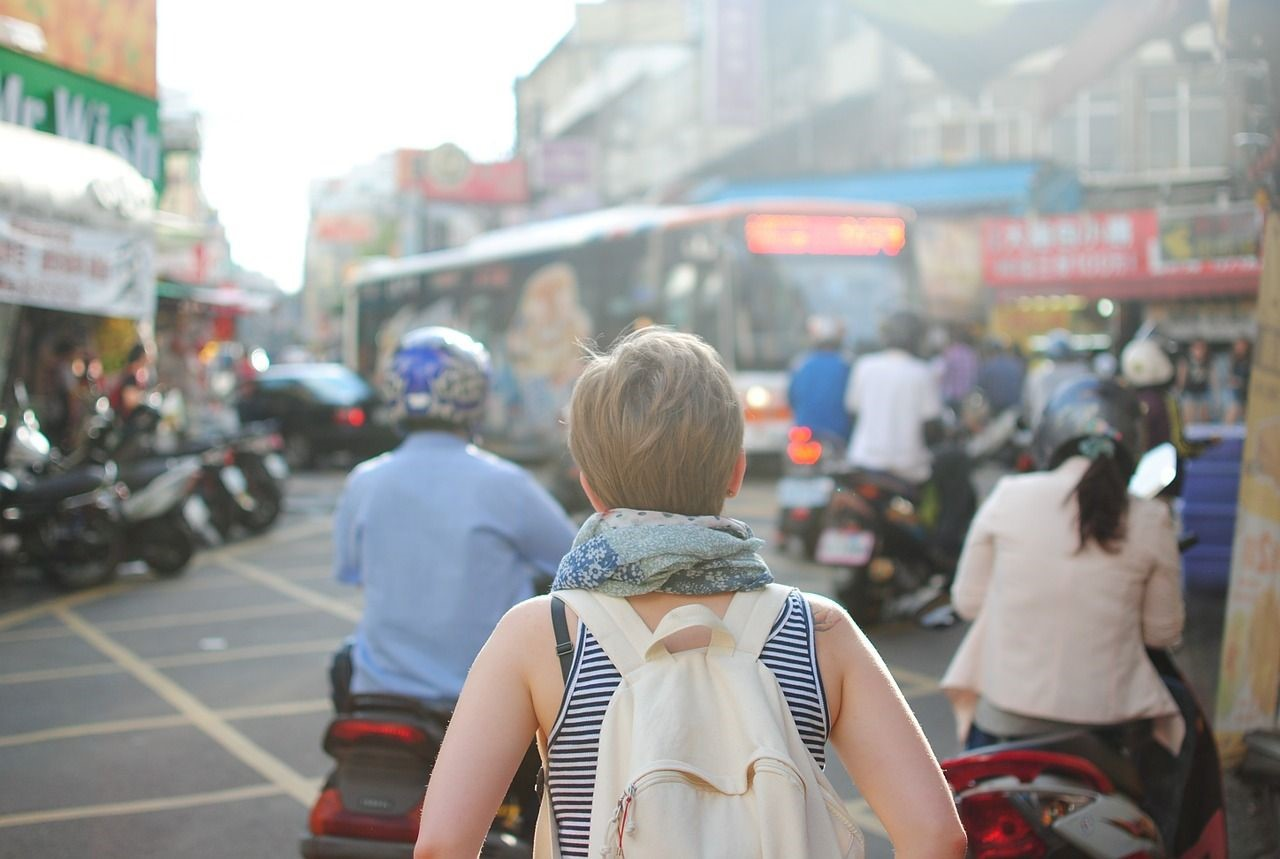 5 Tips to Help You Travel Lighter