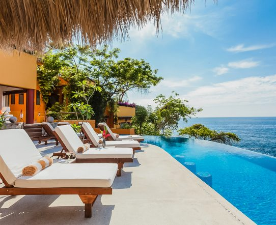 Enjoy Puerto Vallarta with a Luxury Villa Holiday