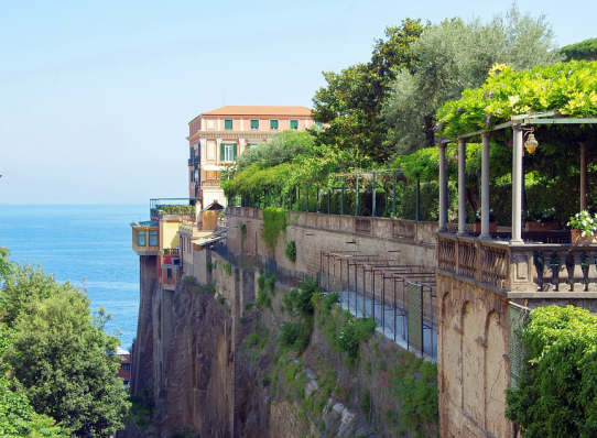 Top Luxury Holiday Plans You Can Make To Enjoy the Mediterranean